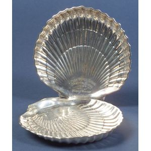 Pair of Gorham Sterling Shell-shaped Dishes